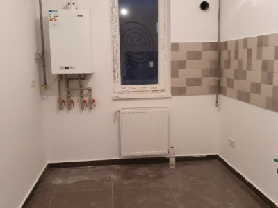 Apartament 2 camere / bucatarie inchisa / loc parcare