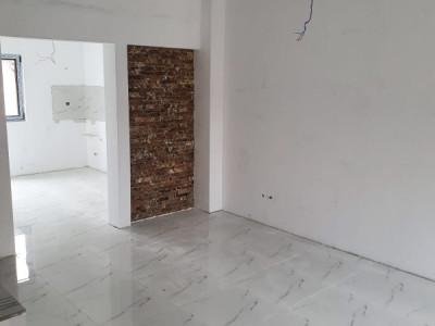 Casa 3 camere / MUTARE AZI / toate utilitatile / DIRECT DEZVOLTATOR