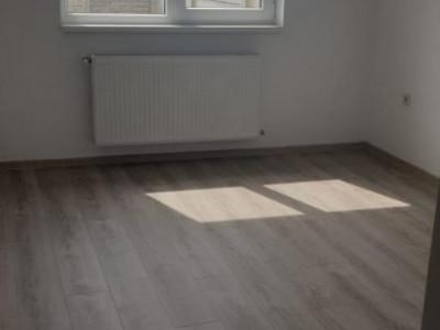 Apartament 3 camere, deosebit/ finisat/ zona rezidentiala / str. Alunului