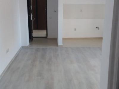 Garsoniera / cu balcon / zona centrala / loc de parcare / spatioasa