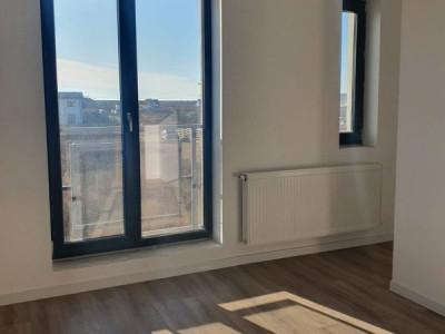 Casa cu 3 camere si mansarda/ teren/open space