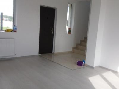 Duplex la cheie 4 camere/ centru/ poze reale