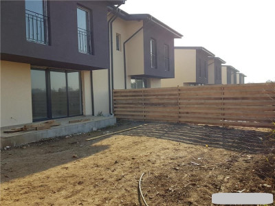 Duplex cu 4 camere, 3 bai/ cu zona de dining/cu spatii de depozitare multiple