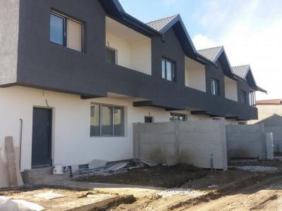 Casa 4 camere cu 700 mp teren generos/ amplasare excelenta/ merita vazuta