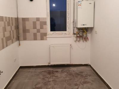 Apartament 2 camere/ bucatarie inchisa/ cu balcon/ direct dezvoltator