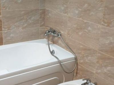 Apartament 2 camere mobilat-utilat decomandat/ stb la 2 minute/ zona foarte buna