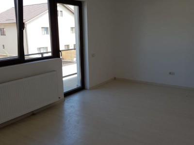 Duplex 5 camere, teren 225 mp/ open space la mansarda