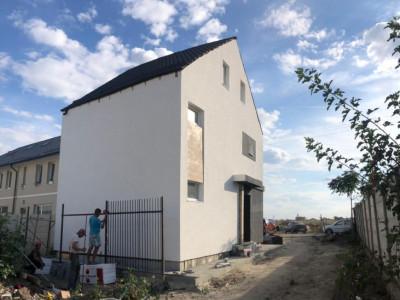 Casa Individuala cu mansarda open space/ super investitie