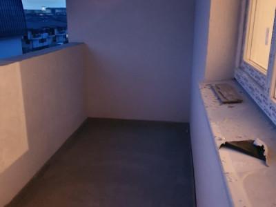 Garsoniera/ cu balcon/ cartierul Independentei/ loc de parcare gratuit