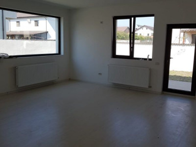 Duplex 5 camere, teren 225 mp/ open space la mansarda/ finisaje de exceptie