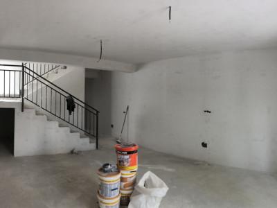 Duplex/ constructie noua/ mansardat cu scara betonata/ cu terasa