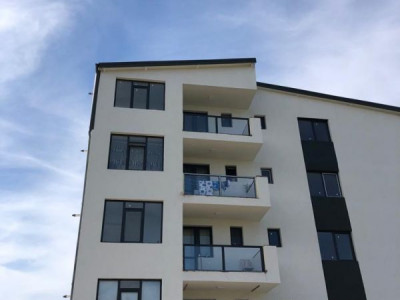 Apartament 3 camere/ bucatarie deschisa