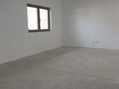 Apartament 3 camere cu 2 balcoane si 2 bai / merita vazut