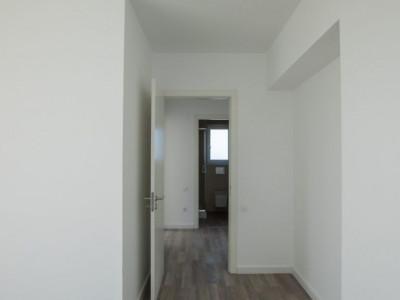 Apartament 3 camere cu loc de parcare subteran