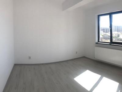 Apartament cu 2 camere, racordat la utilitati, aproape de Mc Donald's