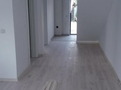Duplex spatios, constructie recenta/ zona rezidentiala
