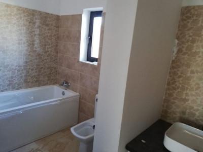 Duplex cu 4 camere, cartier privat nou