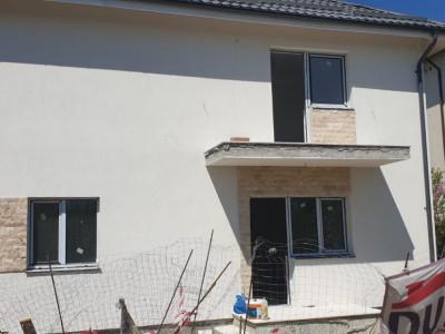 Casa individuala cu 4 camere/ poze reale/ ZONA REZIDENTIALA