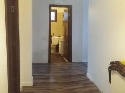 Apartament cu 3 camere, insotit de gradina amenajata