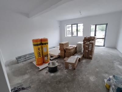 Duplex cu mansarda locuibila amenajata-Smardan, 4 camere si 275 mp teren