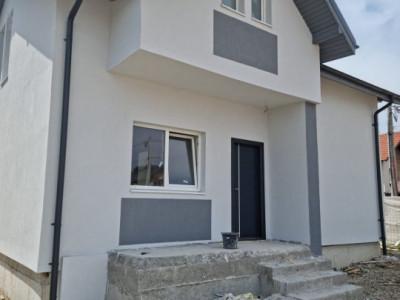 Casa individuala 5 camere P+M Bragadiru-POZE REALE