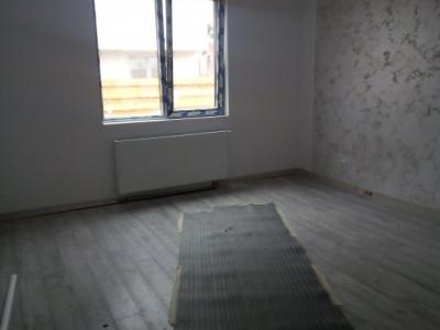 Individuala spatioasa pe parter, 3 camere si curte proprie 320mp - Magurele