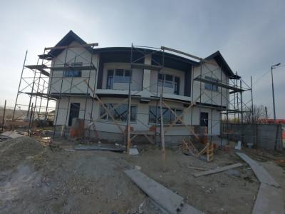 Casa duplex, 4 camere, spatioasa P+1E+M