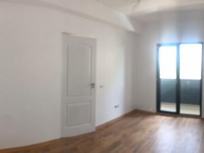 Apartament cu 2 camere, la etajul 1