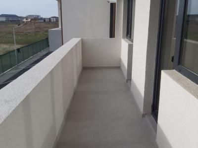 Apartament 2 camere, decomandat/ etajul 4/4