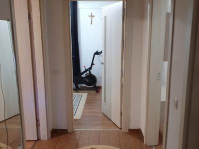Apartament cu 5 camere, mobilat complet/ etajul 6/6