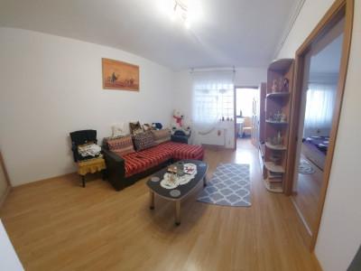 Apartament cu 2 camere, cu balcon spatios/ SU de 46 mp + 4 mp balcon