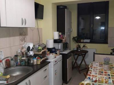 Apartament cu 3 camere, semi-decomandat/poze reale