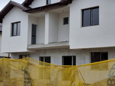 Duplex de 120 mp utili si mansarda amenajata, compartimentare moderna si terasa