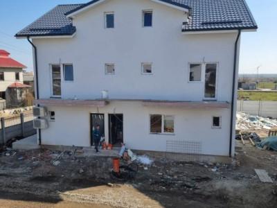 Duplex/ in zona de case si vile/ zona rezidentiala