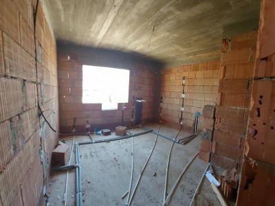 Penthouse 4 camere 120 mp cu gradina proprie 70mp Bragadiru