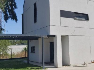 Duplex/ zona de case si vile/ personalizare finisaje interioare