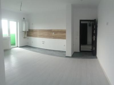 Apartament cu 2 camere/ semidecomandat