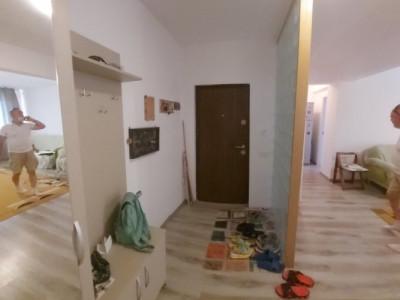 Mobilat si utilat, Apartament 3 camere semi-decomandat