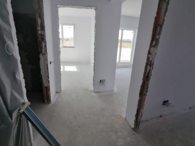Super locatie, Apartament 2 camere, decomandat, 42mp utili, balcon spatios