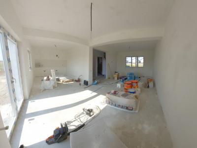 Casa Individuala cu 300 mp teren, 4 camere si pod depozitare-Varteju, Magurele