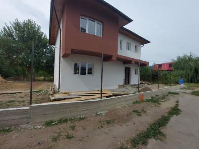 Casa single-400 mp curte, bragadiru central-4 camere si zona linistita
