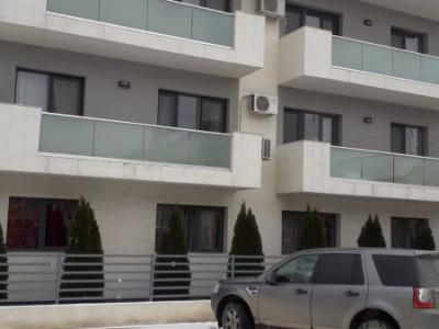 107 mp utili, 3 camere, decomandat, 2 bai, balcon