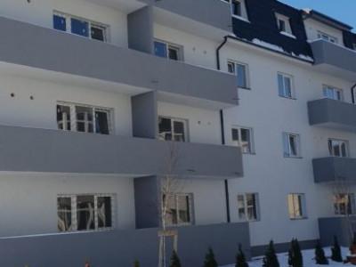 Apartament 3 camere in bloc finalizat