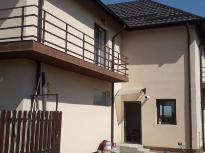Casa finisata P+1E+Pod, strada asfaltata, modul lateral//COLT