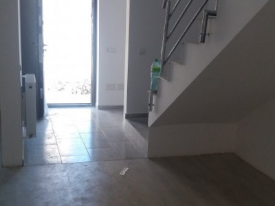 Casa cu 4 camere, finisata complet, cartier Independentei