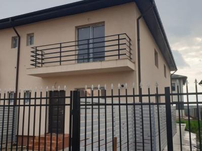 Direct proprietar, casa 3 camere si 120 mp curte