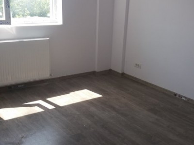 Apartament 2 camere/Stradal/Parcare inclusa, strada aslfaltata