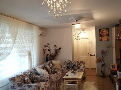 Apartament foarte spatios, 2 dormitoare, 2 bai - complex ADORA